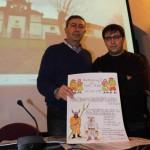 Álvaro Valdés y Xosé Ambás, ayer, en la Casa de Cultura de Grado. S. ARIAS