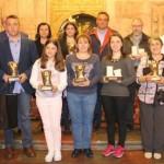 Las autoridades y los premiados por el Consejo Regulador de la Faba Asturiana.